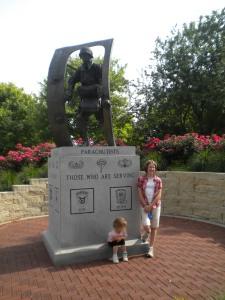 Parachutists Memorial