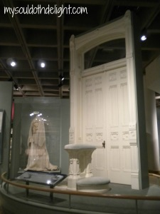 Temple Square - Manti Marriage Altar, Door and Dress